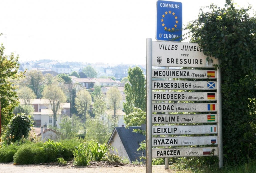 Les villes jumel es site officiel de la ville de bressuire for Piscine de bressuire